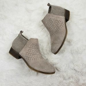 TOMS Deia ankle Bootie Desert Taupe